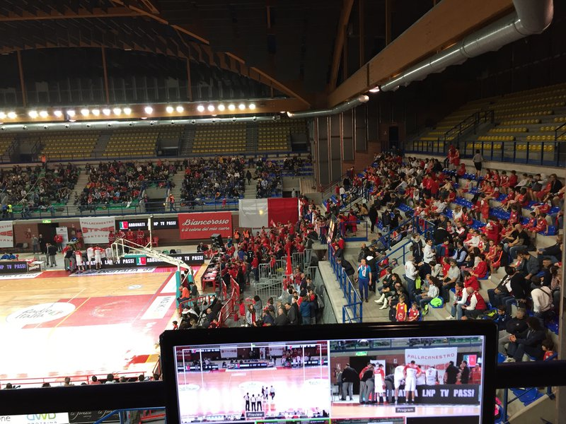 Streaming Partita Stings